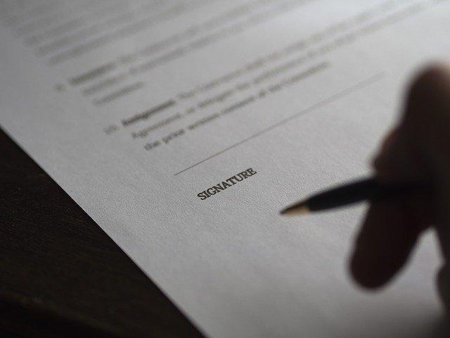 להיעזר בעורך דין